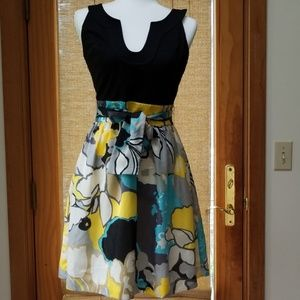 Ellen Tracy Floral Dress size 4